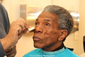 Makeup artist Joseph Hampton with André De Shields at the WGN Studios in Chicago on November 9, 2015. Photo by Lia Chang