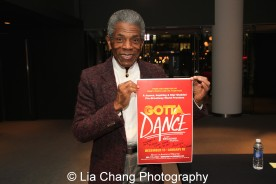 André De Shields shows off the signed 'Gotta Dance' poster at the 27th Annual Awards for Excellence in the Arts Gala held in the Atlantic Ballroom of the Radisson Blue Aqua Hotel in Chicago on November 9, 2015. Photo by Lia Chang