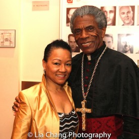 STC's The Taming of the Shrew preshow: Vivian Thurman and André De Shields. Photo by Lia Chang