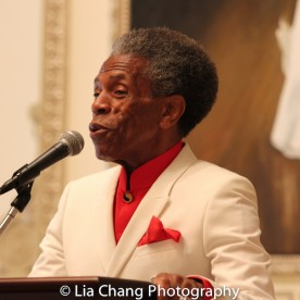 André De Shields accepts the 2016 Winona Lee Fletcher Award at BTN's 30th Anniversary Bruncheon at the Palmer House Hilton in Chicago on August 9, 2016. Photo by Lia Chang